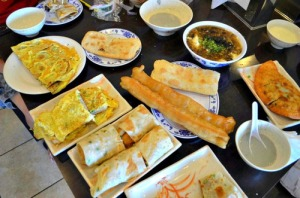 Taiwan breakfast overview photo